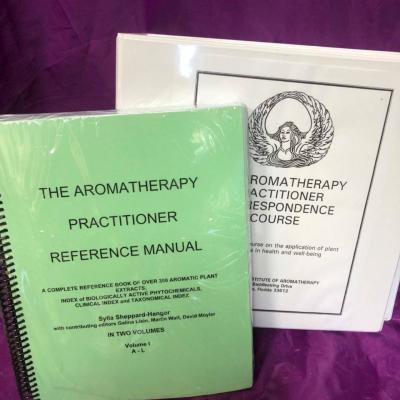 Aromatherapy Practitioner Course - Package 2 (200 hour)